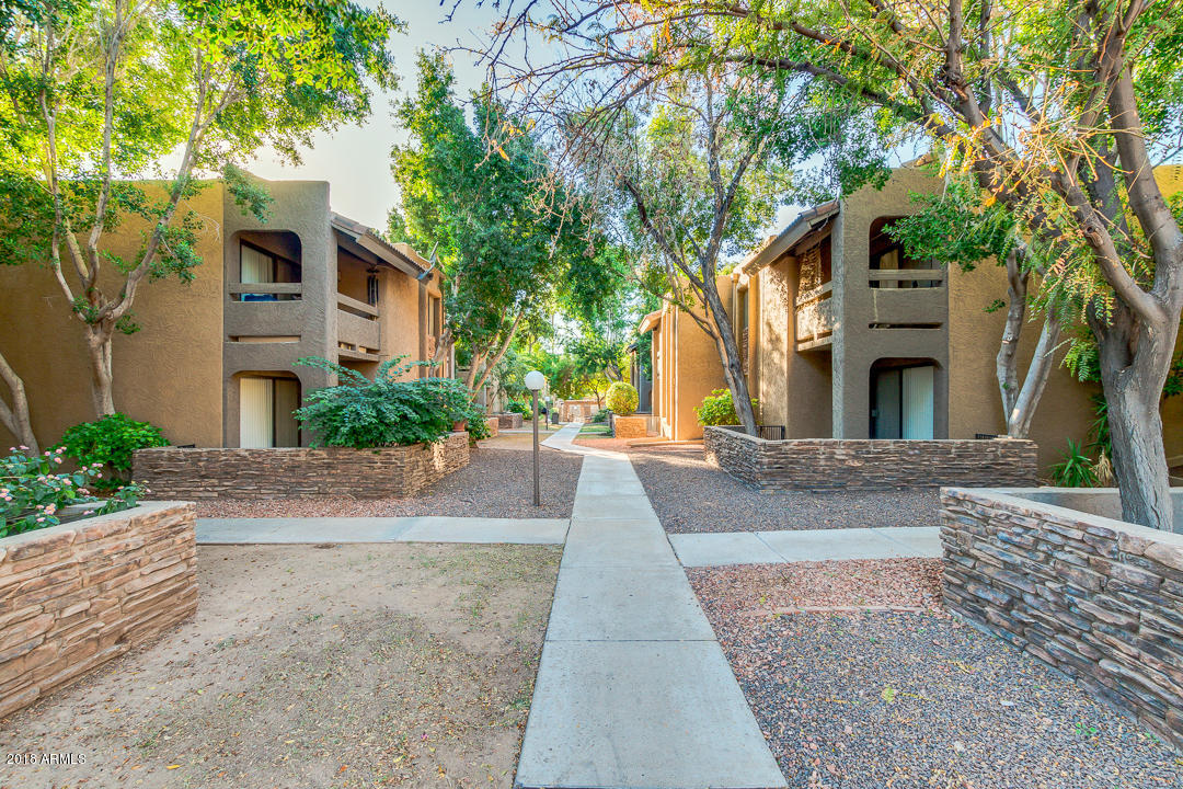 Photo of 3825 E CAMELBACK Road #122, Phoenix, AZ 85018