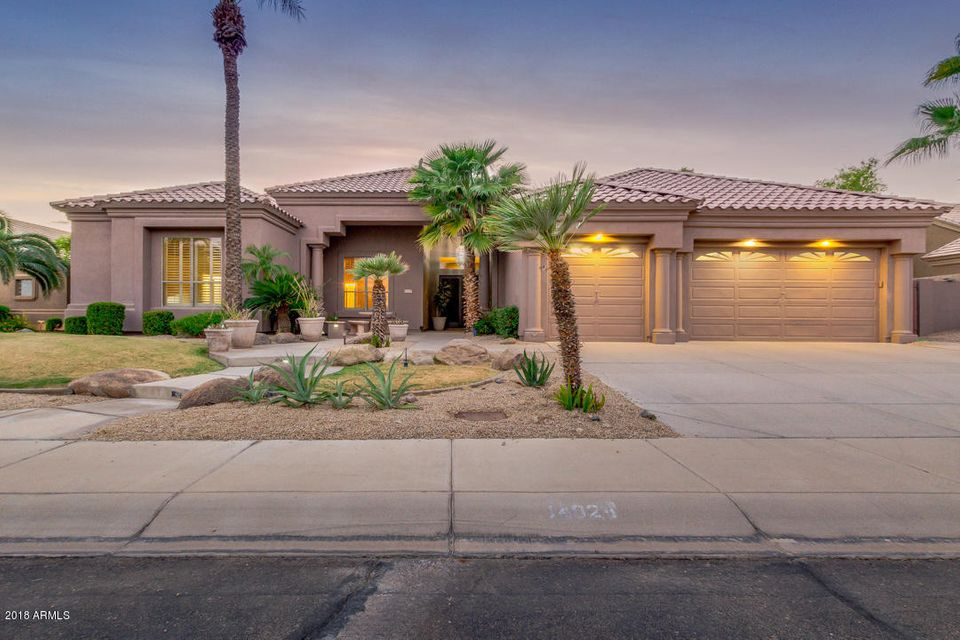 Photo of 14024 S 8TH Place, Phoenix, AZ 85048